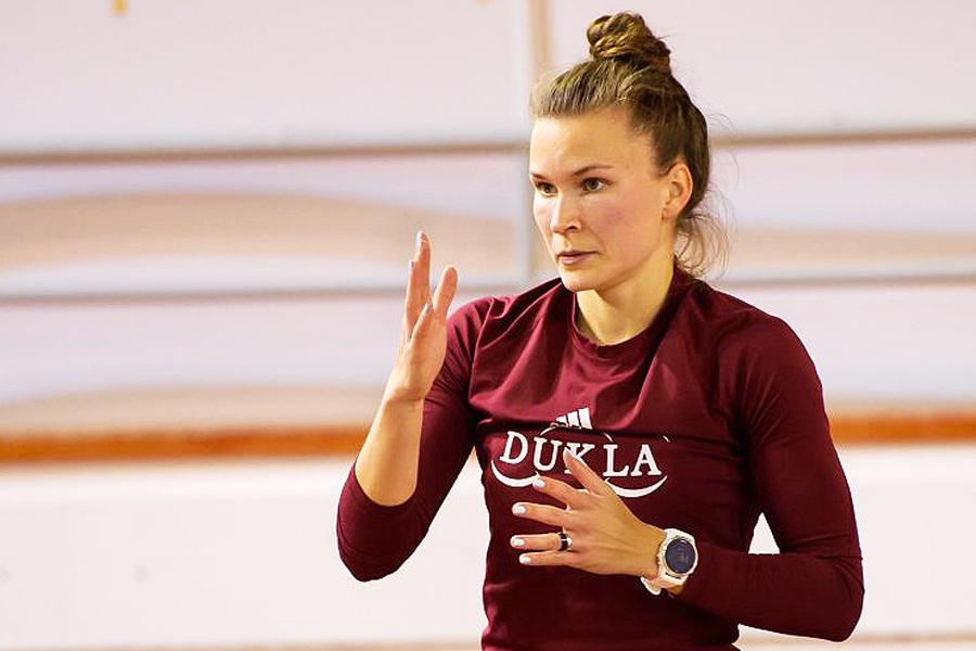 Stanislava Škvarková Elan miting 2020