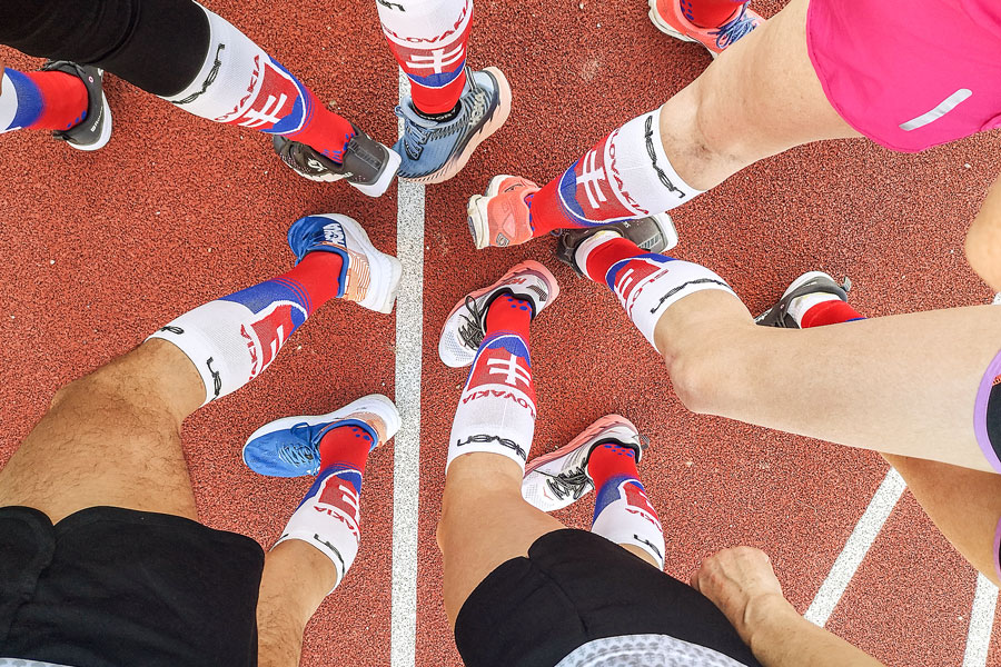 Eleven Running Team